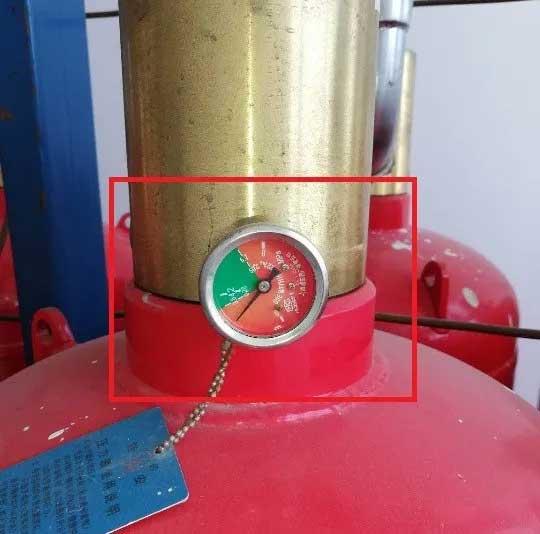检查发现气体灭火系统储气瓶压力表不在绿色区域一定是压力不足?未必!